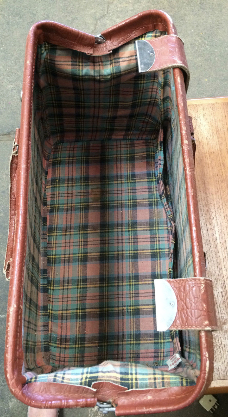 Vintage leather cheney rust red travel overnight bag Tartan lining | Melbourne | Halsey Road Recyclers