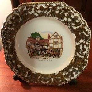 Vintage Liverpool Rd Pottery Ltd Stoke On Trent Wall Plate | Melbourne | Halsey Road Recyclers
