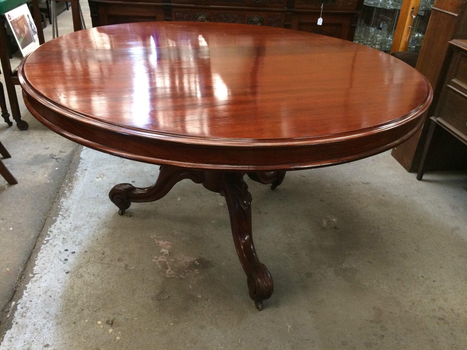 Antique Victorian Cedar Circular Tilt Morning Dining Table   Melbourne   Halsey Road Recyclers